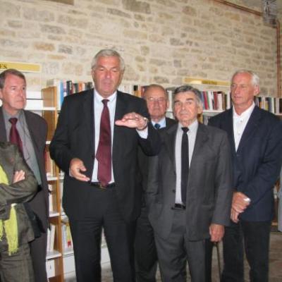 """Lors des discours (journal """"Le Châtillonnais et l'Auxois"""")"""